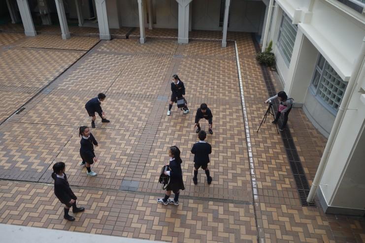 映像制作と鑑賞を軸とした小学校との連携