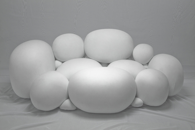Marshmallows / Sofa / photo by Kazutaka Fujimoto